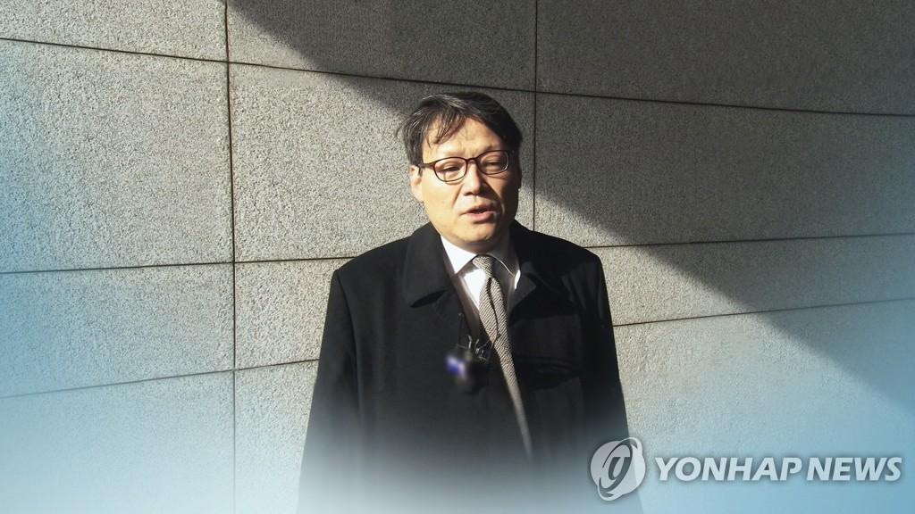 """이광철측 '김학의 출금' 재차 부인…""""검찰 기소는 위법"""""""