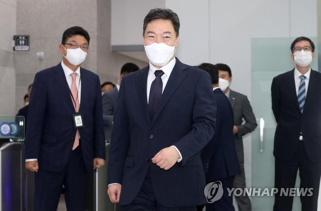 """""""수사검사 재판 관여가 인권침해?"""" 부장검사, 총장 비판"""