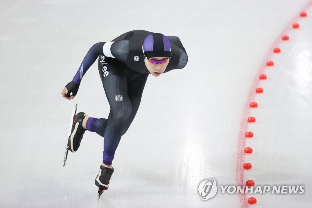 """태극마크 되찾은 이승훈 """"올림픽 출전이 목표…산 하나 넘었다"""""""