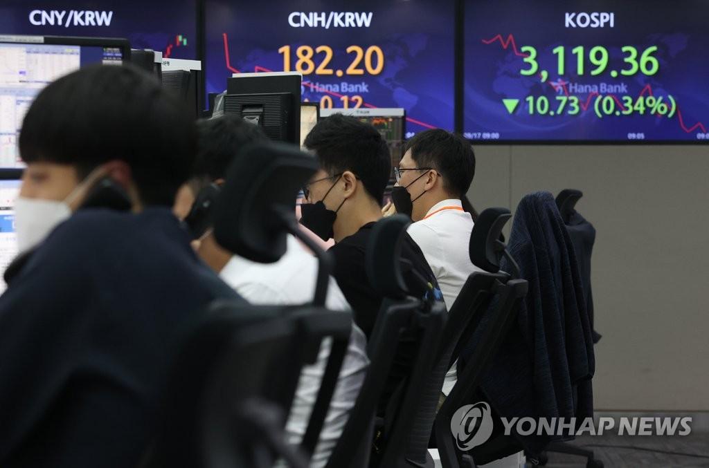 '코스피만 더 내렸다' 하반기 수익률 주요국 중 최하위