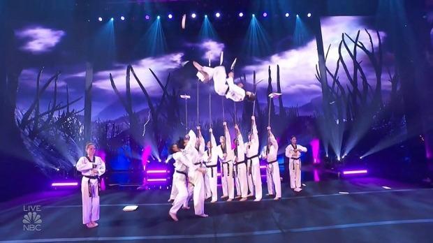 미국 인기 오디션 프로그램 '아메리카 갓 탤런트'에 참가한 세계태권도연맹(WT) 시범단의 경연 모습. /사진=연합뉴스