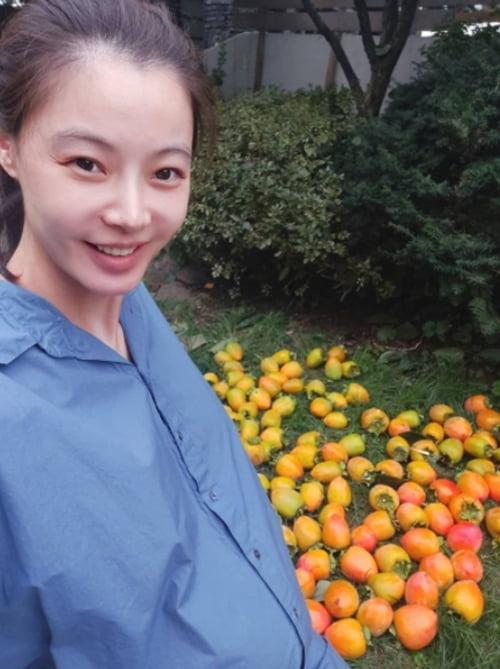 '조성윤♥' 윤소이, 셔츠 위로 드러난 아름다운 만삭의 D라인 [TEN★]