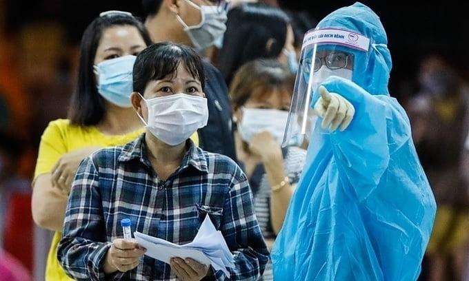 베트남, 코로나19 발생 후 20개월…누적 확진자 9십만명 넘어 [KVINA]