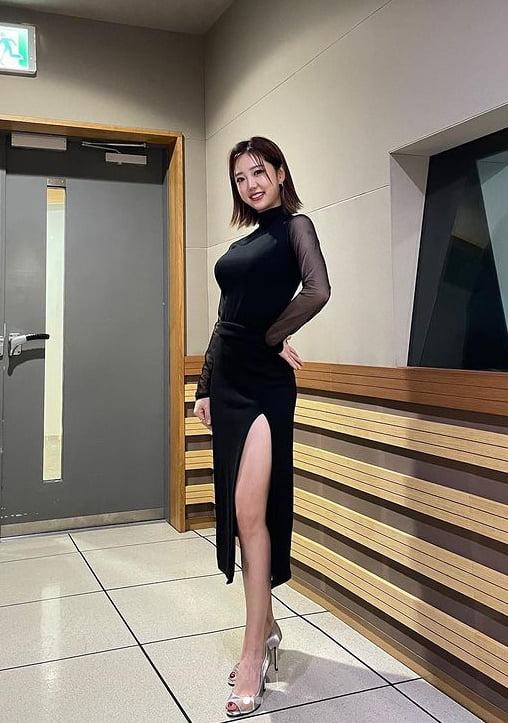 """'끼상캐스터' 김가영, 파격적인 섹시美...""""성인식 무대도, 내 심장도 함께 찢었다"""" [TEN★]"""