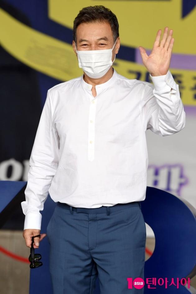 [TEN 포토] 김갑수 '유쾌한 웃음'