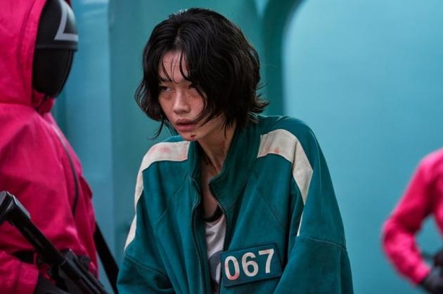 '오징어게임' 정호연, 송혜교와 어깨 나란히… 하루아침에 슈퍼스타 [TEN★]