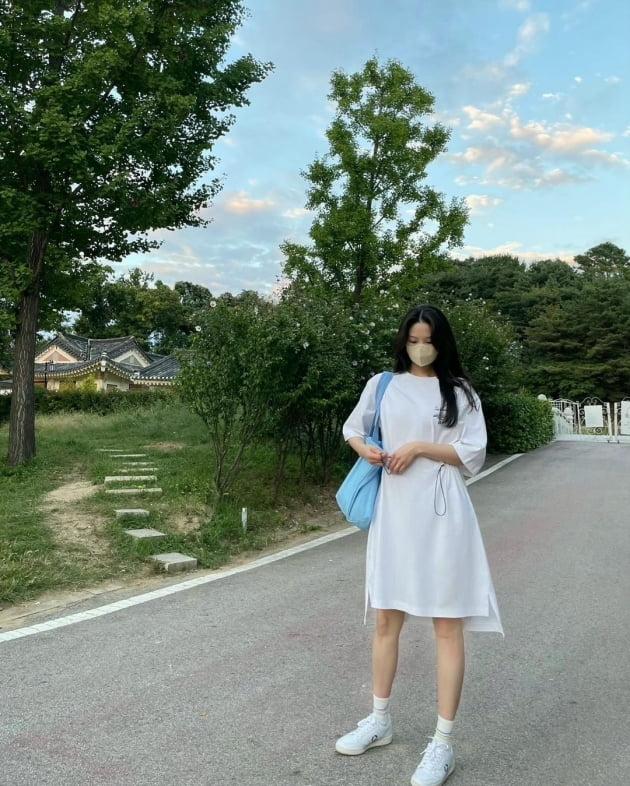 """'전진♥' 류이서, """"야외결혼식"""" 이대로 가면 민폐 하객…신랑이 신부로 착각할 미모 [TEN★]"""