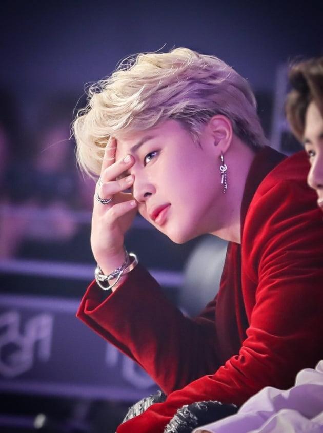 방탄소년단 지민, 글로벌 인기투표 67주 연속 1위…최장 기간 대기록