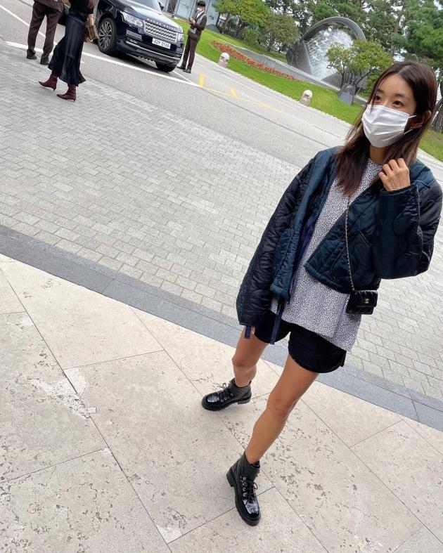 """'52kg' 김빈우, 명품C사 미니백+부츠로 멋내고 5성급호텔 방문 """"즐거웠던 하루"""" [TEN★]"""