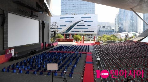 [TEN 포토] 제26회 BIFF 개막 앞두고 분주한 영화의 전당