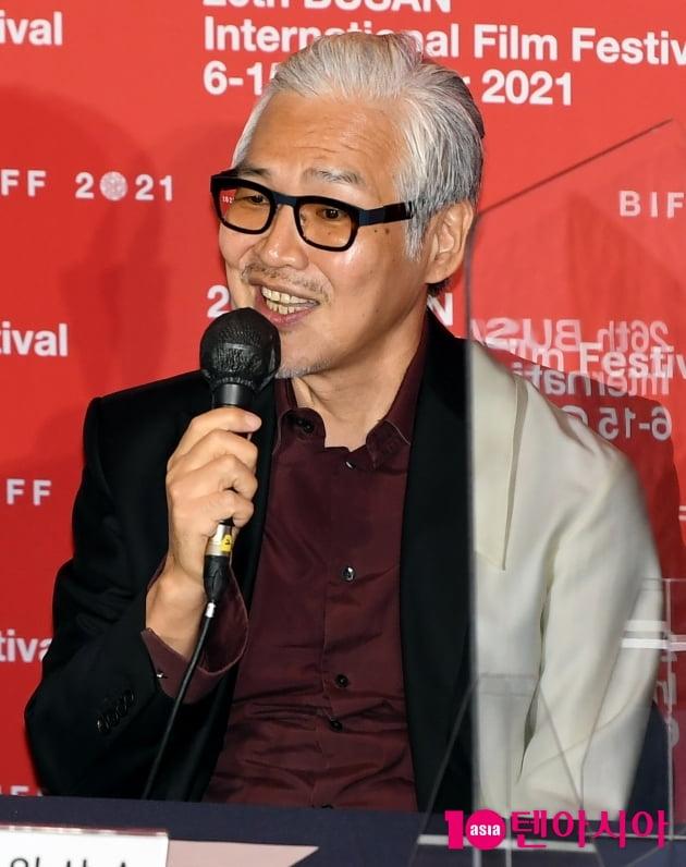 [TEN 포토] 임상수 감독 '6년만에 영화'행복한 나라로' BIFF 개막작'