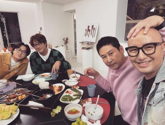 이용진 성시경 신동엽 홍석천 / 사진 = 홍석천 인스타그램