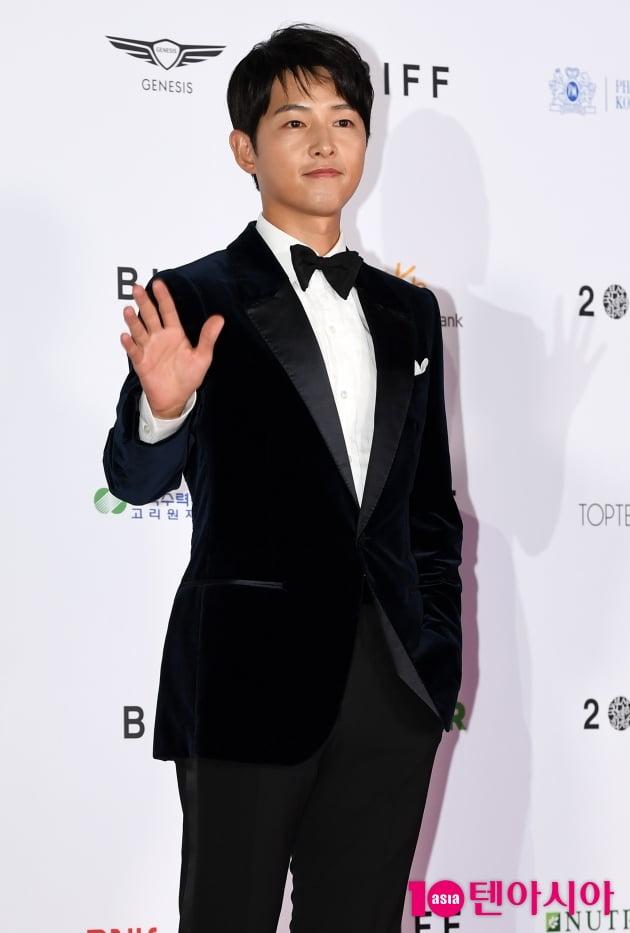 [TEN 포토] 송중기 '마성의 분위기남'(BIFF)