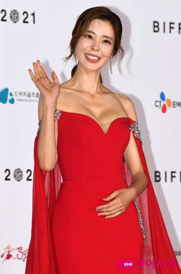 [TEN 포토] 김규리 '시선집중'(BIFF)
