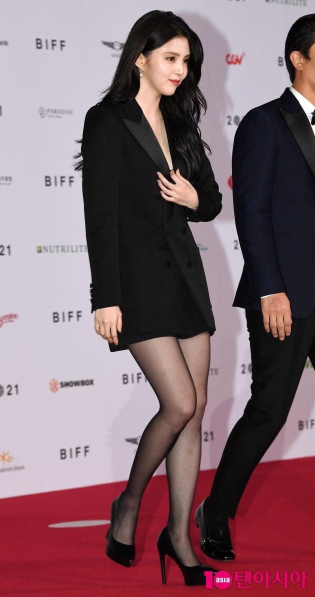 [TEN 포토] 한소희 '섹시한 하의실종'(BIFF)
