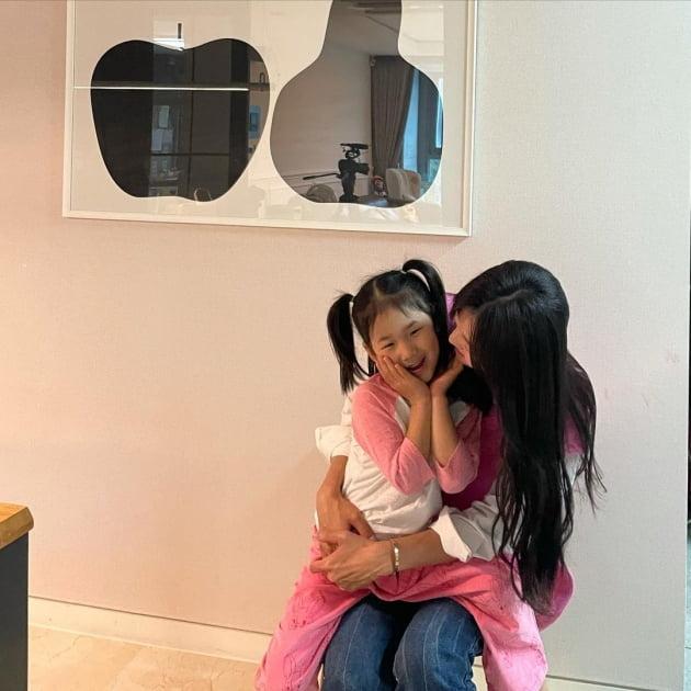 """'정조국♥' 김성은, """"촬영 끝나자마자 병원행"""" 눈코 뜰 새 없이 바쁜 '39세 애셋맘' [TEN★]"""
