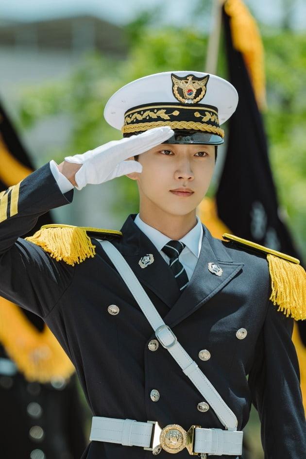 배우 진영./사진제공= 로고스필름