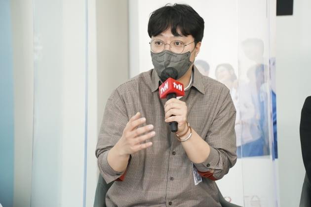 tvN 드라마 '슬기로운 의사생활 시즌2'의 연출을 맡은 신원호 PD. /사진제공=tvN
