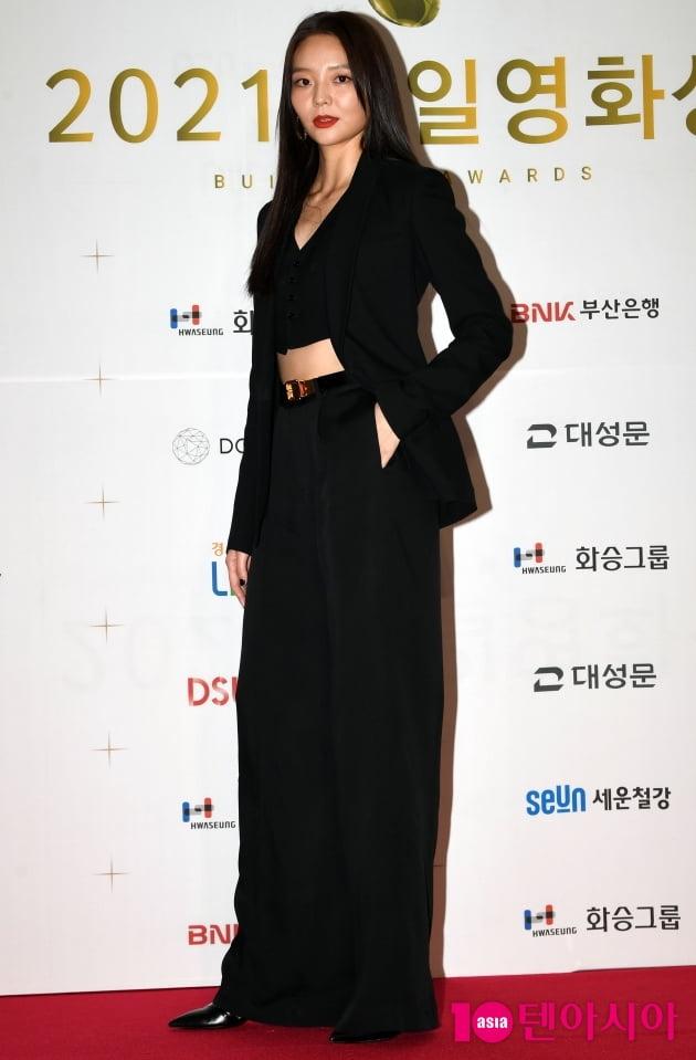 [TEN 포토] 이솜 '화보같은 포토월'