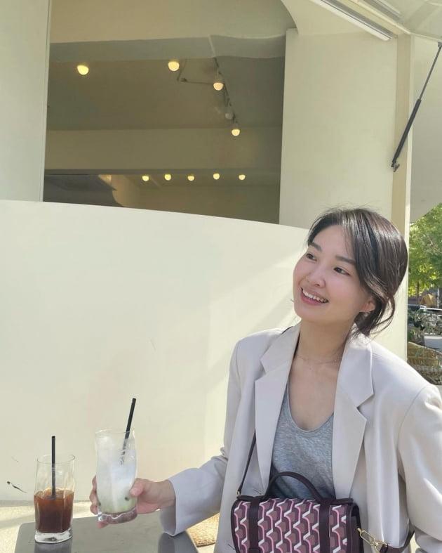 """전진 """"청순하다 ♥류이서""""…마스크 벗고 해방감 느끼는 """"힐링"""" 데이트 [TEN★]"""