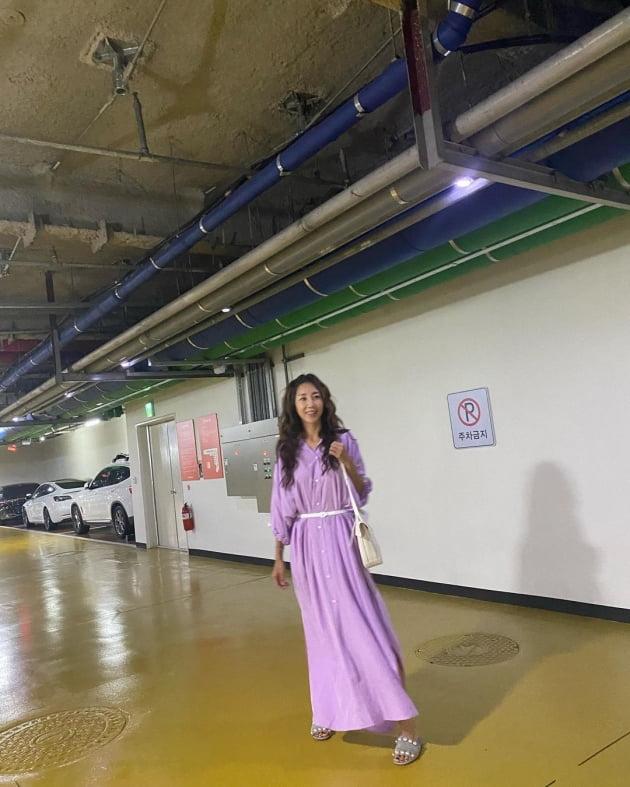 """'윤종신♥' 전미라 """"모처럼 운동복 벗고""""…한껏 꾸미니 숨겨뒀던 미모 폭발 [TEN★]"""