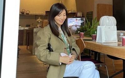 '곧 60세' 황신혜…'언니' 같은 동안 미모