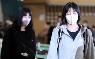 '쌍둥이 자매' 이재영·다영, 결국 사과 한마디 없이 떠났다